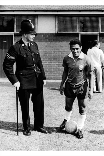 garrincha4_1142_full-prt.jpg